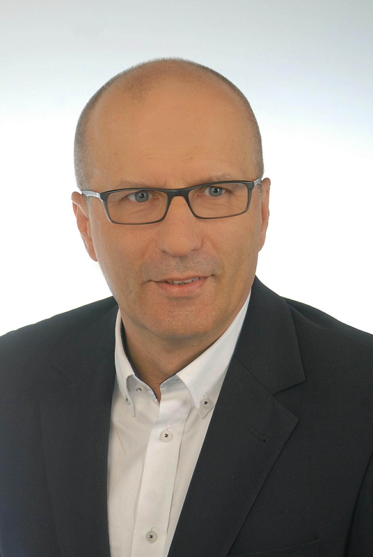 dr n. med. Arkadiusz Trzos